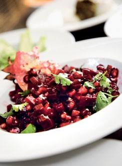 antioxidant rich beet and pomegranate salad