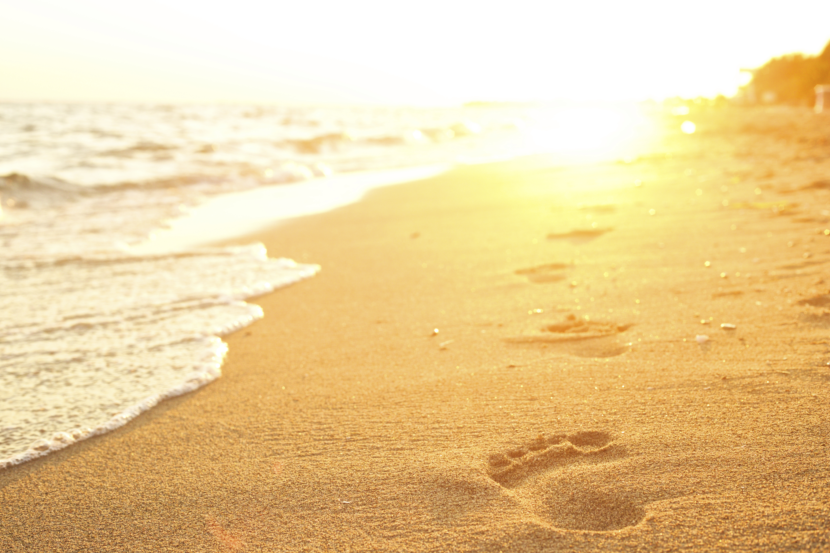 iStock-Footprints-in-Sand
