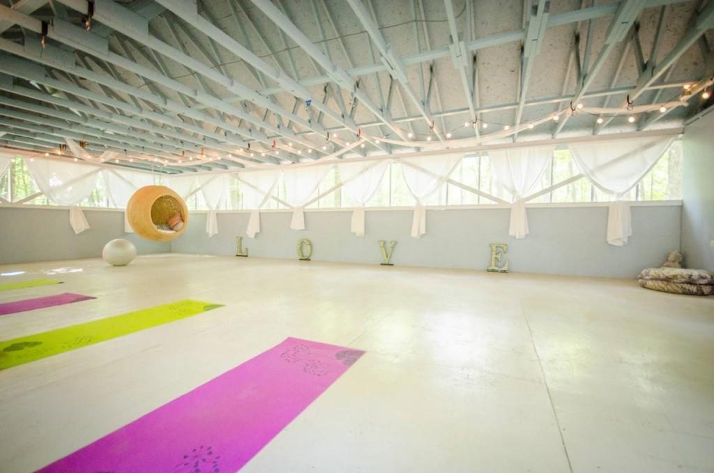 Nature-Retreat-Yoga