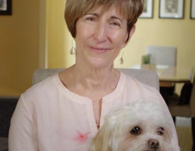 « Cet essai clinique nous donne de l'espoir. C'est bon de se sentir humaine à nouveau. Merci! » - Ramona Bietlot